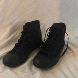 Lightly Used All Black Hightop  Converse